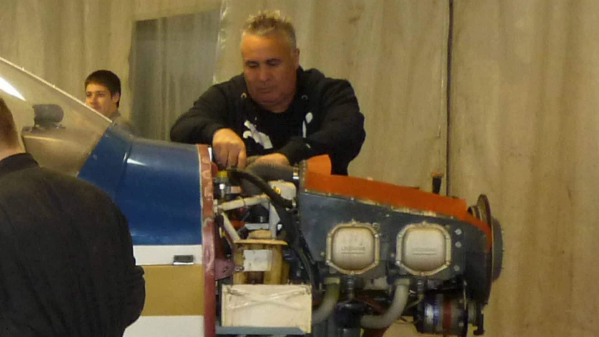 atelier maintenance aéronautique mécanique moteur